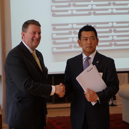 契約調印式(NZ大使館)